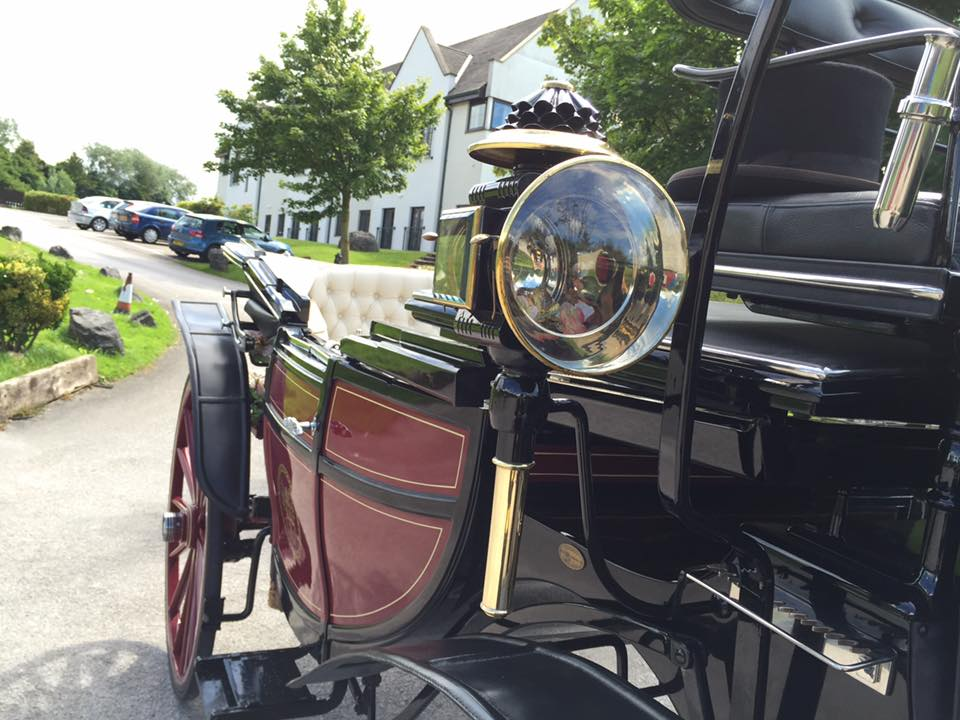 vintage-horse-carriage